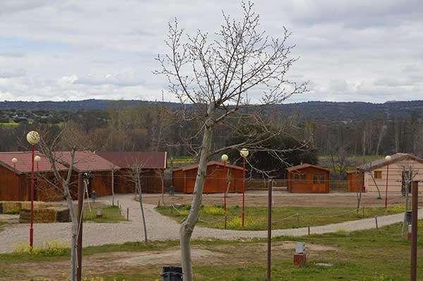 poblado_alojamiento
