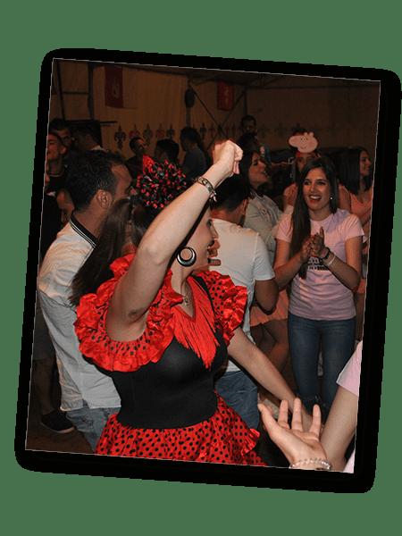 salon 3 min - Restaurante y zona baile para despedidas en Salamanca