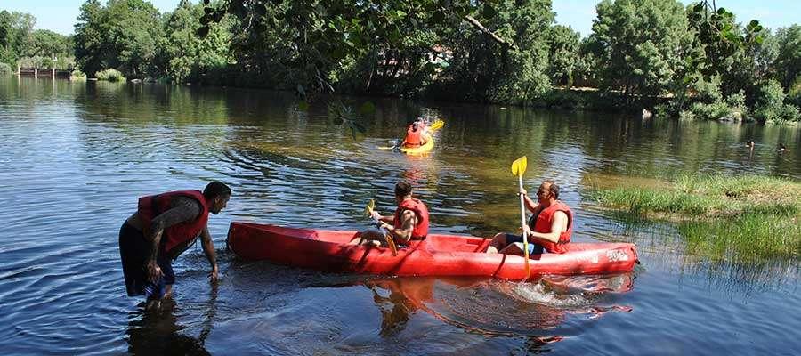 canoas - Despedidas de soltero en barco ¡Al agua patos!