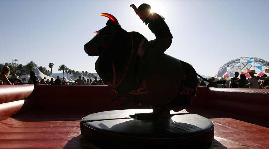 toromecanico - Un clásico, el toro mecánico para despedidas