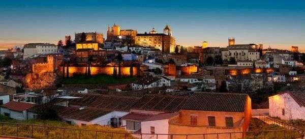 Caceres una ciudad con mucha tradici n poblado medieval - Alojamiento rural merida ...