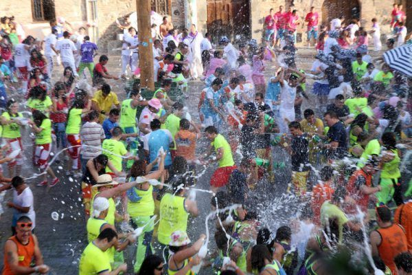 Fiestas Segovia e1513179665823 - Segovia una ciudad histórica cargada de tradiciones