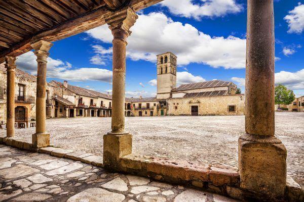 Pedraza. Segovia e1513179820223 - Segovia una ciudad histórica cargada de tradiciones