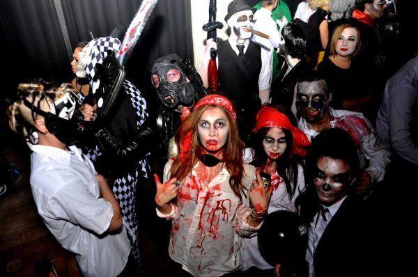 Fiesta Halloween Fin de Semana e1535045798688 - Disfraces para despedidas originales