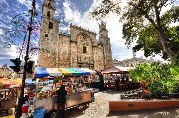Centro ciudad merida e1541009731103 - Mérida, historia y gastronomía a partes iguales