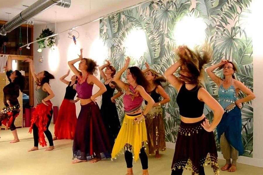 clases baile despedidas soltera 4 - Clases de baile ideales para despedidas de soltera
