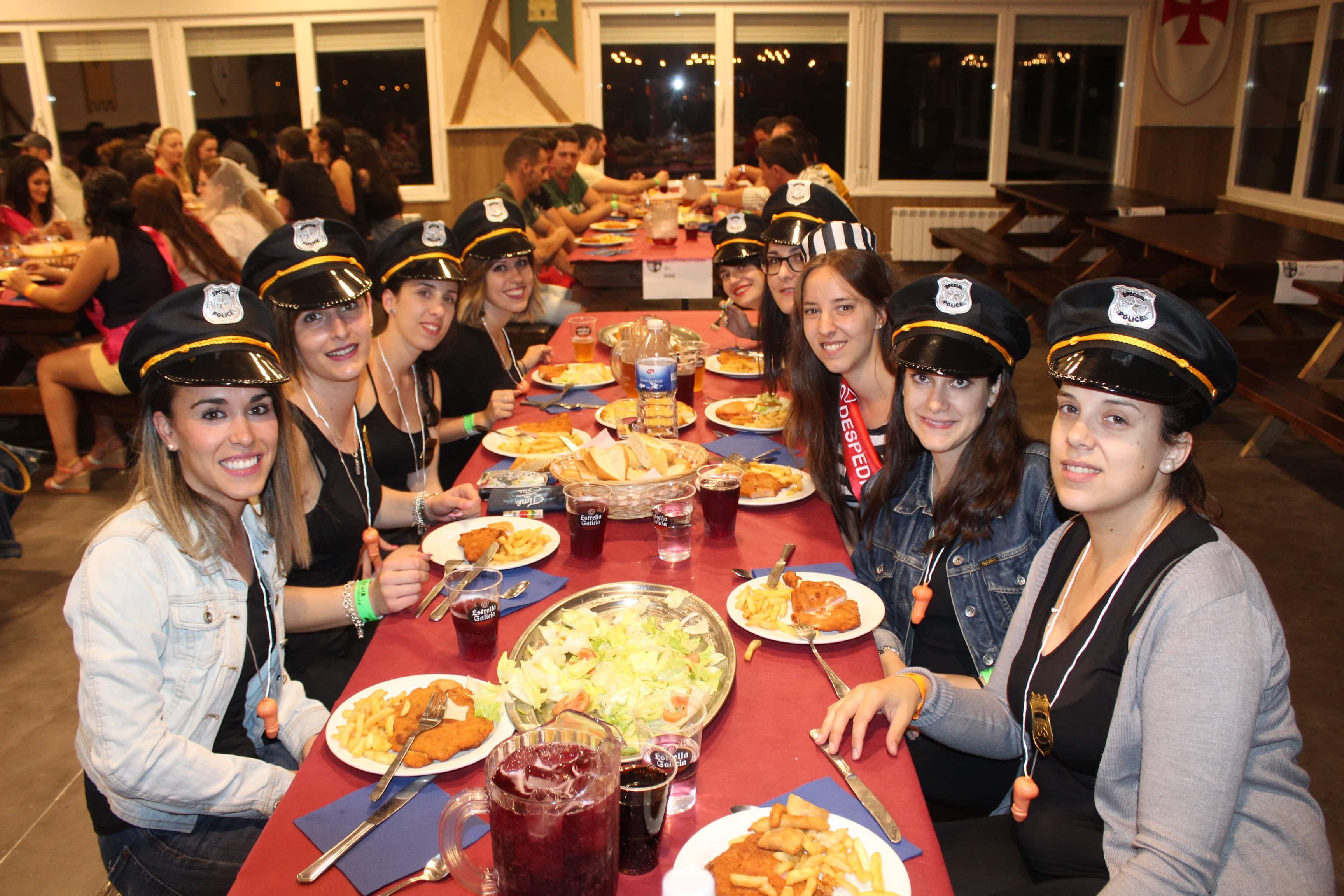 IMG 5525 - Restaurante y zona baile para despedidas en Salamanca
